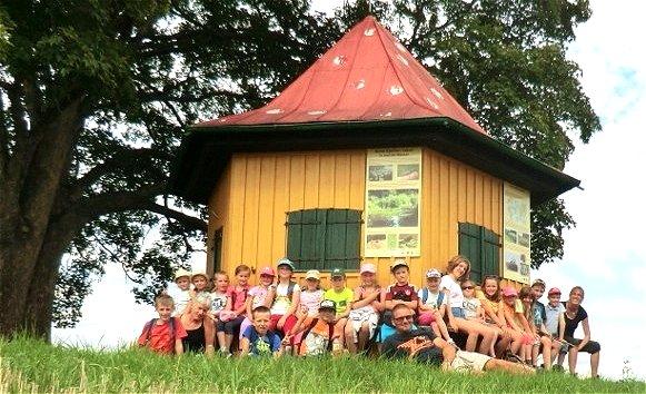 FGV-Kinderwanderung zum Fliegenpilzhäuschen in Leuthenforst